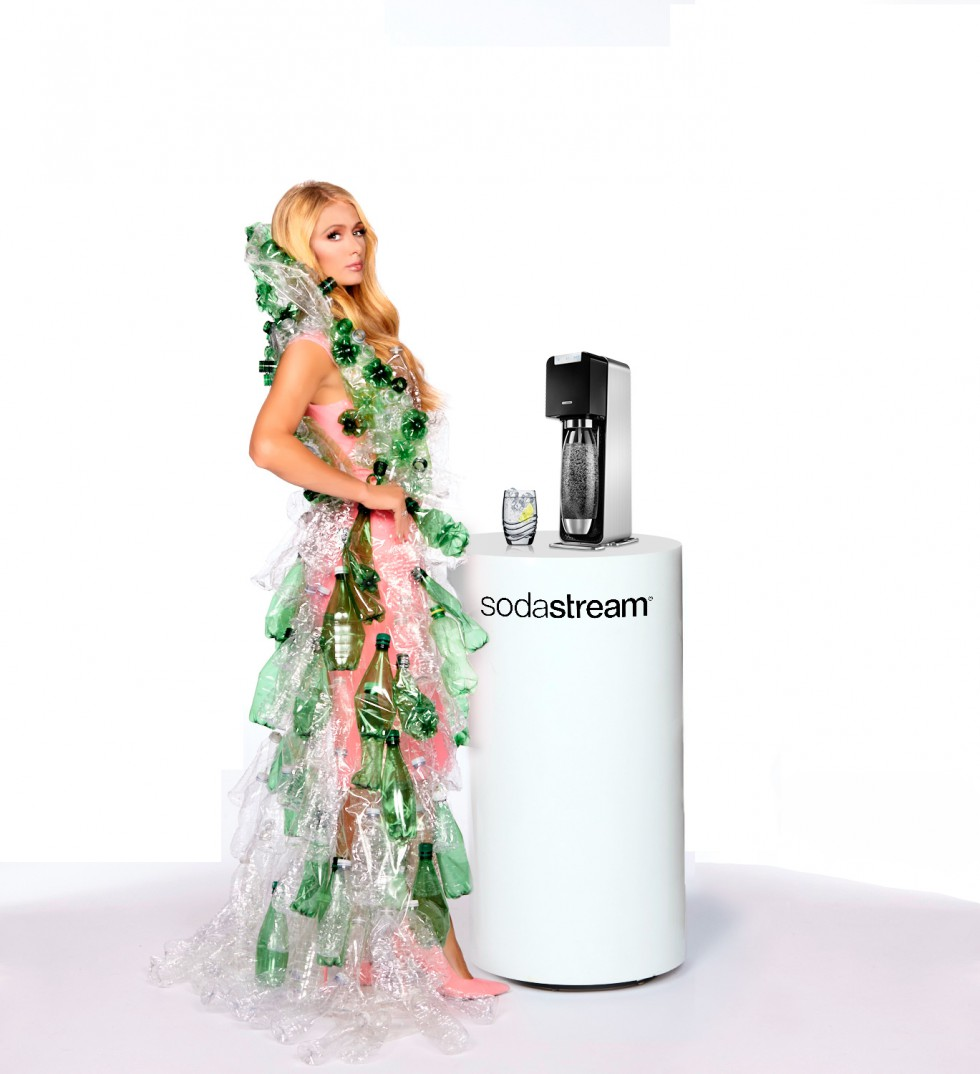 nanodrop sodastream und paris hilton k mpfen mit neuem. Black Bedroom Furniture Sets. Home Design Ideas