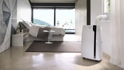 (FOTO: De'Longhi) Wohlfühlklima auch in der Nacht – Pinguino Luft-Luft-Klimagerät, PAC EX 100