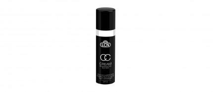 """Die LCN CC Cream Regenerating Silk Skin in den zwei Farbnuancen """"vanilla cream"""" und """"soft caramel"""" sorgt für einen makellosen, jugendlichen Teint."""