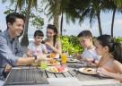 Frühstücksgenuss unter Palmen für Groß und Klein im Club Med