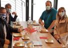 """(Foto: InnZeit Bau GmbH) """"Dahoam im Inntal"""" begrüßt seine Gäste aus Traunstein."""