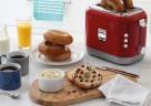 Der kMix Toaster von Kenwood mit variablem Bräunungsregler, praktischer Stop-Taste und Peel&View-Technologie in Rot.