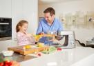 Die Kenwood Pastawalze sorgt für Familienspaß in der Küche