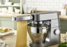 Die Kenwood Chef XL Titanium Küchenmaschine mit der neuen Lasagnewalze