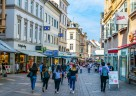 (Foto: Shutterstock) 86 Shops haben bis in die Abendstunden geöffnet